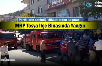 MHP Tosya İlçe Binasında bayramlaşma sırasında yangın çıktı