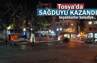 Tosya'da Sağduyu Kazandı ve İş Makineri Meydandan Kaldırıldı