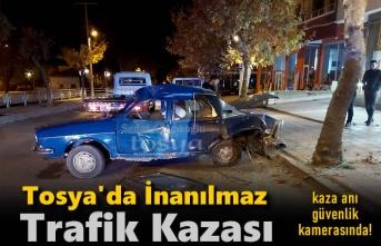 Tosya'da İnanılmaz Trafik Kazası (Güvenlik Kamera Görüntüsü)