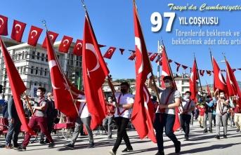 Cumhuriyetin 97.Kuruluş Kutlamaları Tosya'da Çoşku İçinde Kutlandı