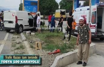 TOSYA D100 KARAYOLUNDA İLGİNÇ TRAFİK KAZASI