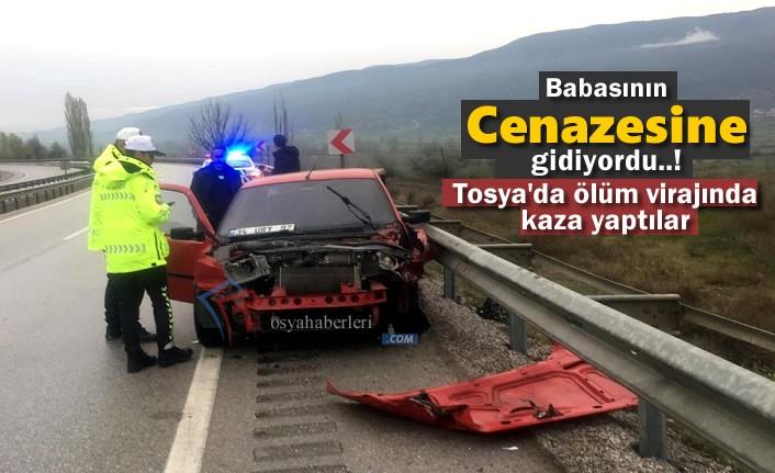 Ordu'ya Cenazeye Giden Otomobil Tosya'da Kaza Yaptı