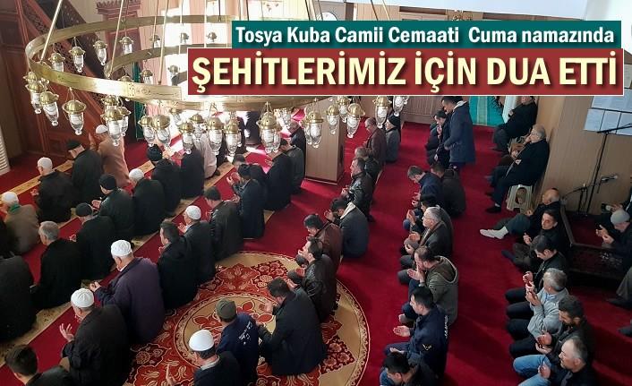 Tosya'da Cuma Namazı Öncesi İdlib Şehitleri için dua edildi