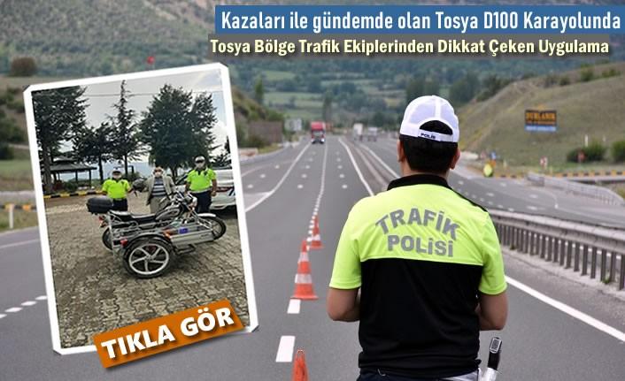 Tosya Bölge Trafik Ekipleri D100'de Motosiklet Sürücülerini Uyardı