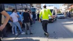 Tosya Cumhuriyet Meydanı Trafik Kazası 1 Yaralı