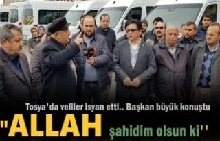 Tosya'da Veliler ve Minübüsçüler İsyan Etti