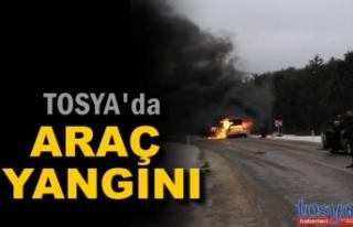 TOSYA YOLUNDA ARAÇ YANGINI