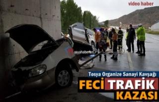 TOSYA ORGANİZE SANAYİ KAVŞAĞINDA FECİ TRAFİK...