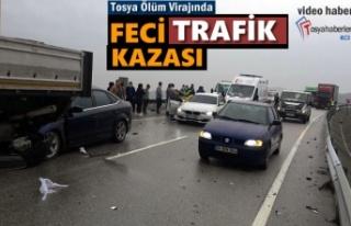Tosya D100'de Zincirleme Trafik Kazası