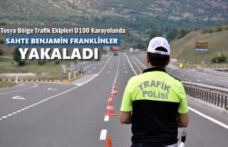 TOSYA BÖLGE TRAFİK EKİPLERİ UYGULAMADA SAHTE BENJAMİN...