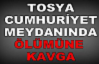 Tosya Cumhuriyet Meydanında KAVGA