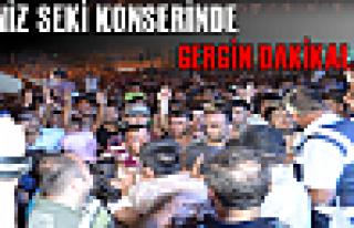 Tosya ''Deniz Seki'' Konserinde Gergin Dakikalar