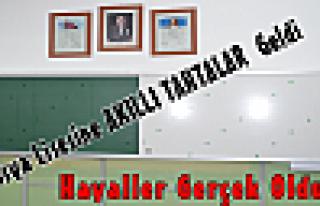 Tosya Lisesine AKILLI TAHTALAR Montaj Edildi.