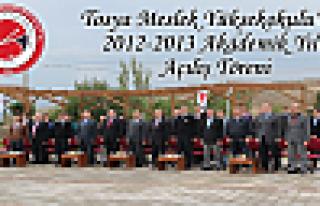 Tosya Meslek Yüksekokulu'nda 2012-2013 akademik yılı...