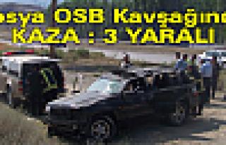 Tosya OSB Kavşağında Araç Takla Attı 3 Yaralı