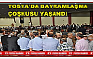 TOSYA'DA TOPLU BAYRAMLAŞMA TÖRENİ YAPILDI