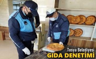 Tosya Belediye ekiplerinden gıda denetimi