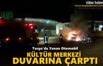 Tosya'da Geceyarısı Otomobil Cayır Cayır Yandı