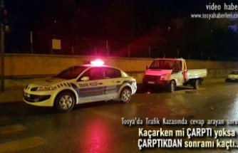 Tosya'da Park Halindeki Kamyonete Çarptılar