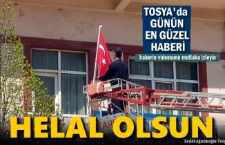 Tosya'da İtfaiye Erinin Bayrak Sevgisi